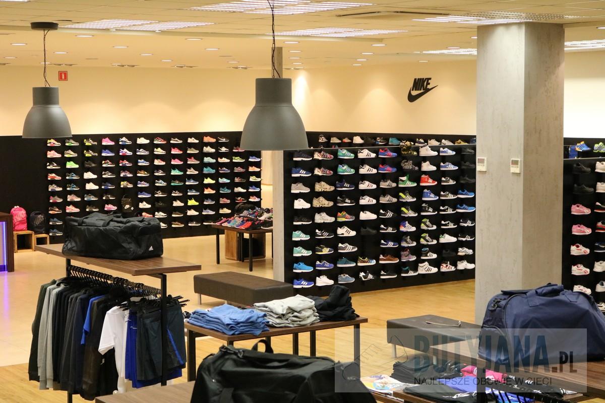 butyjana sklep z odzieżą i obuwiem nike adidas i new balance