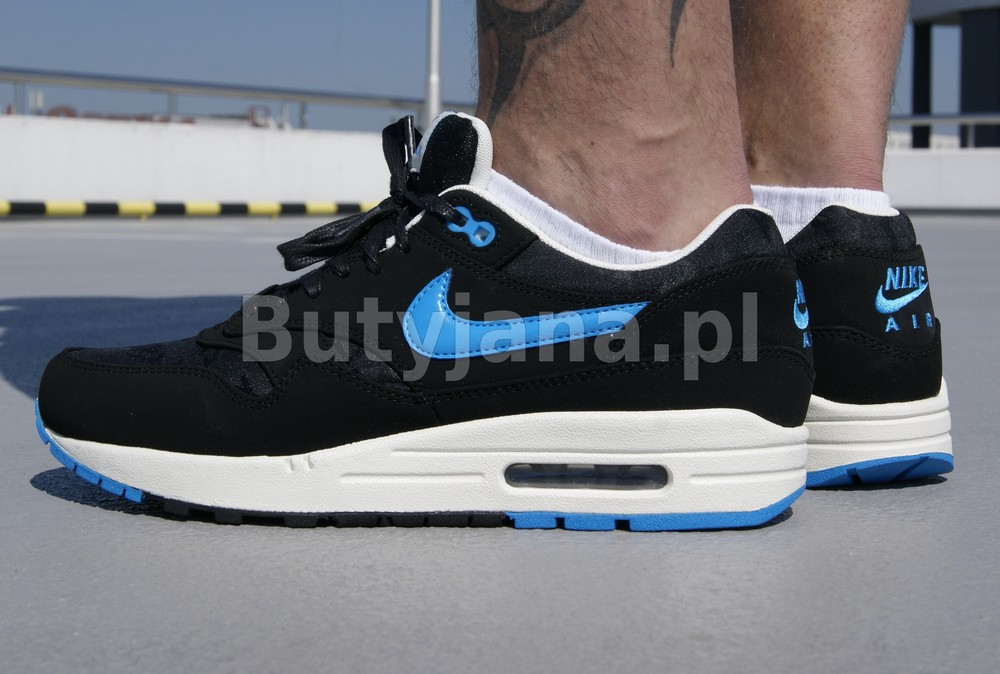 nike air max 1 black and blue