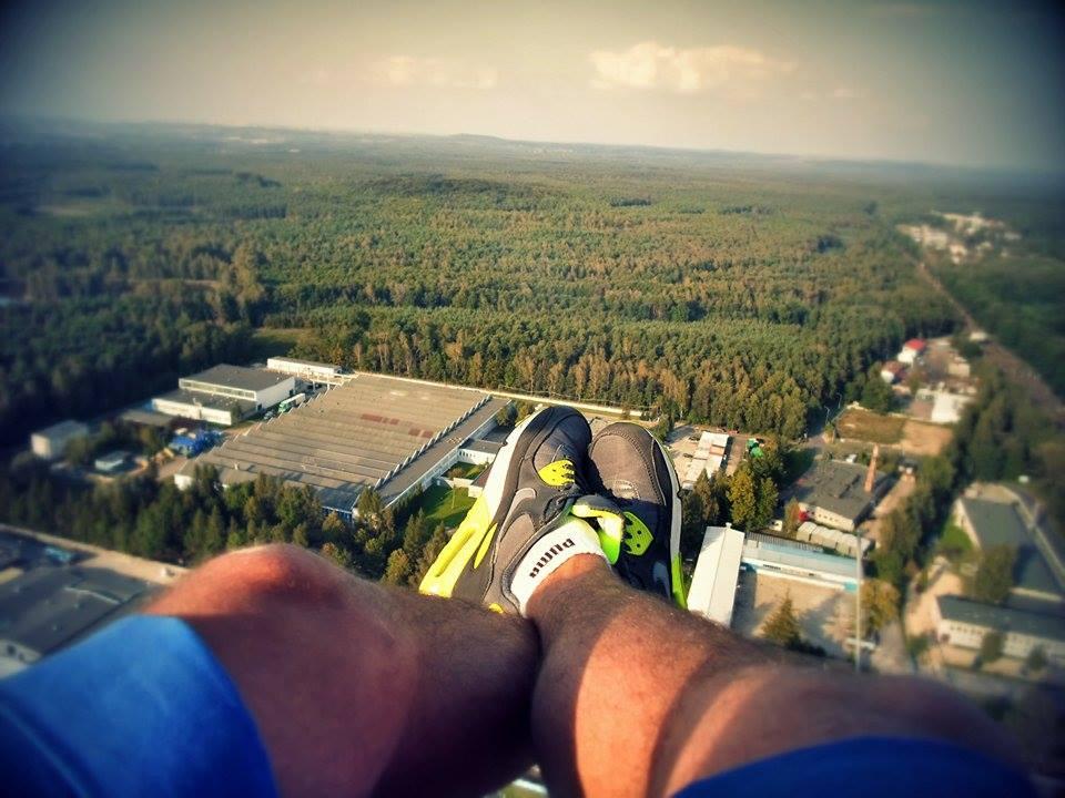 130  metrów ponad chodnikami 2