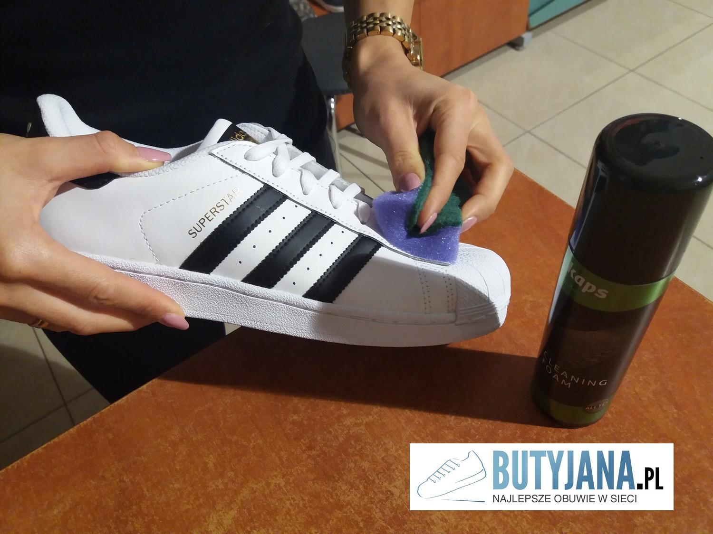 jak-myc-buty-adidas-superstar